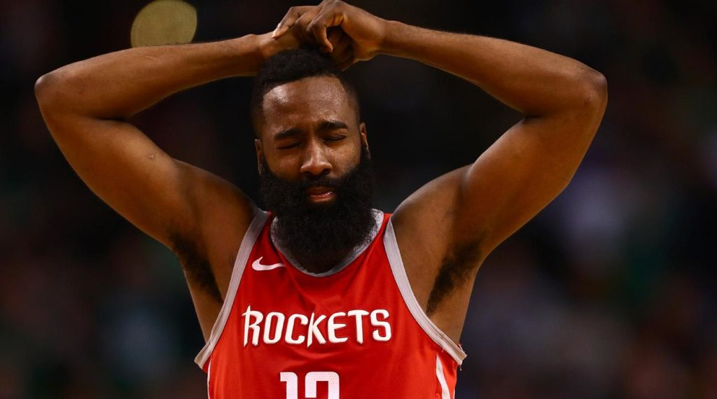 Noc sędziów w Oakland, Celtics zatrzymali Giannisa!