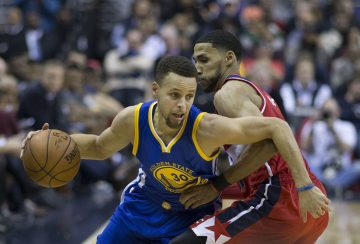 Griffin ponownie kontuzjowany, Curry znów błyszczy