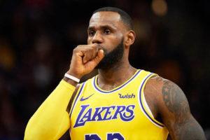 LeBron James zakończył sezon