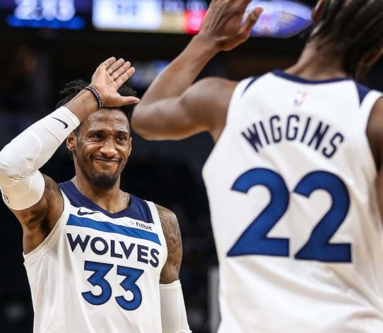Robert Covington Andrew Wiggins Wolves NBA