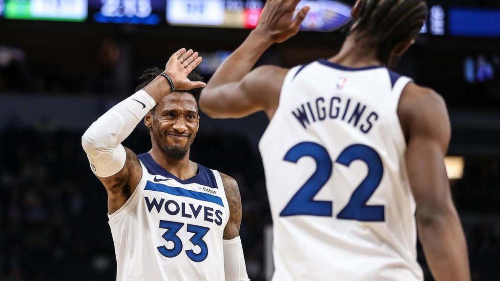 Robert Covington Andrew Wiggins Wolves NBA