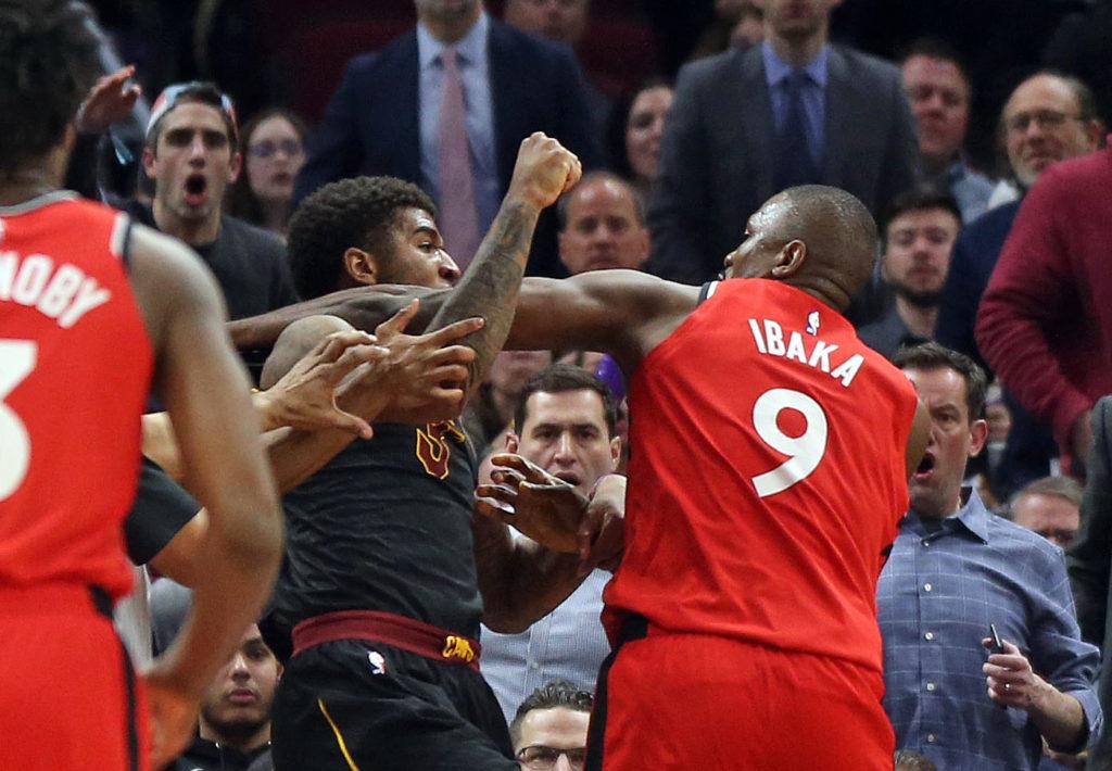 Bójka Ibaka vs. Chriss, RW#0 grozi kibicom, Sweet Lou z rekordem NBA!