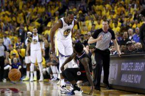 Kerr ostrzega Duranta przed nadmierną ilością fauli technicznych