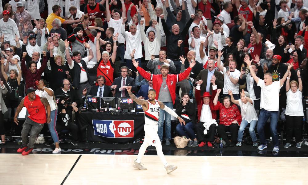 50 punktów Lillarda, kosmiczny game-winner, Sixers i Raptors w półfinale