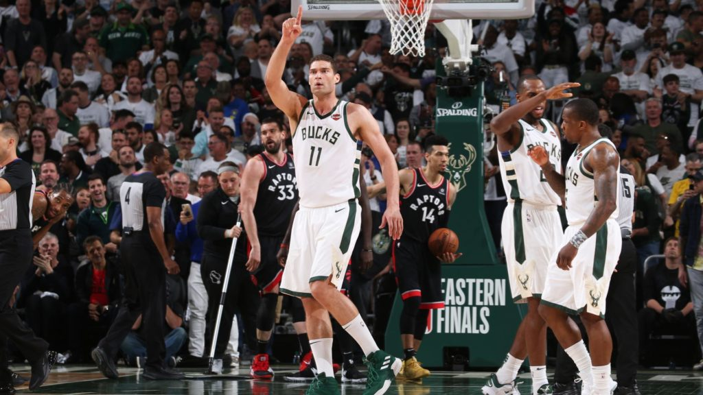 Brook Lopez zostaje w Milwaukee Bucks