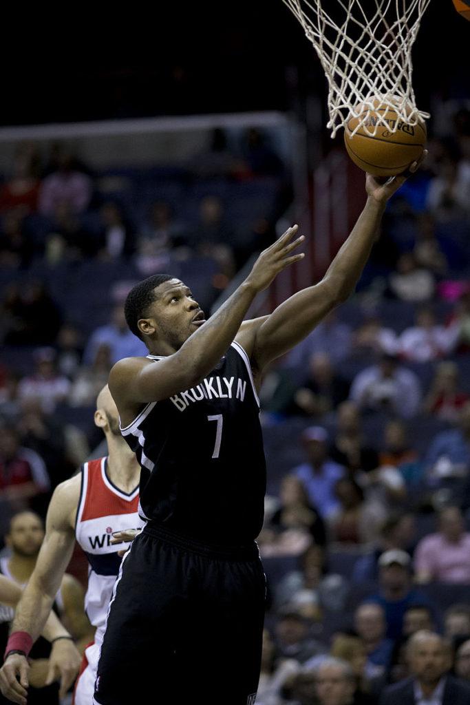 Joe Johnson zwolniony z Detroit Pistons