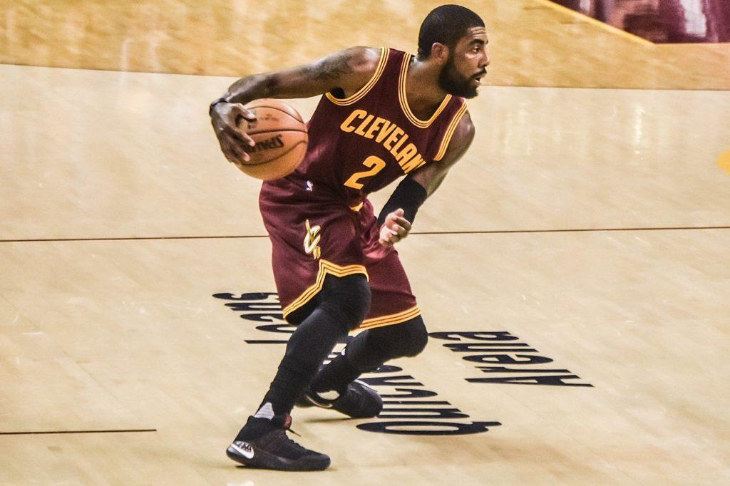 Thompson: Cavaliers powinni zastrzec koszulkę Irvinga