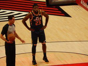 Utah Jazz zatrzymują Royce'a O'Neale'a