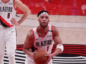 Evan Turner asystentem Boston Celtics