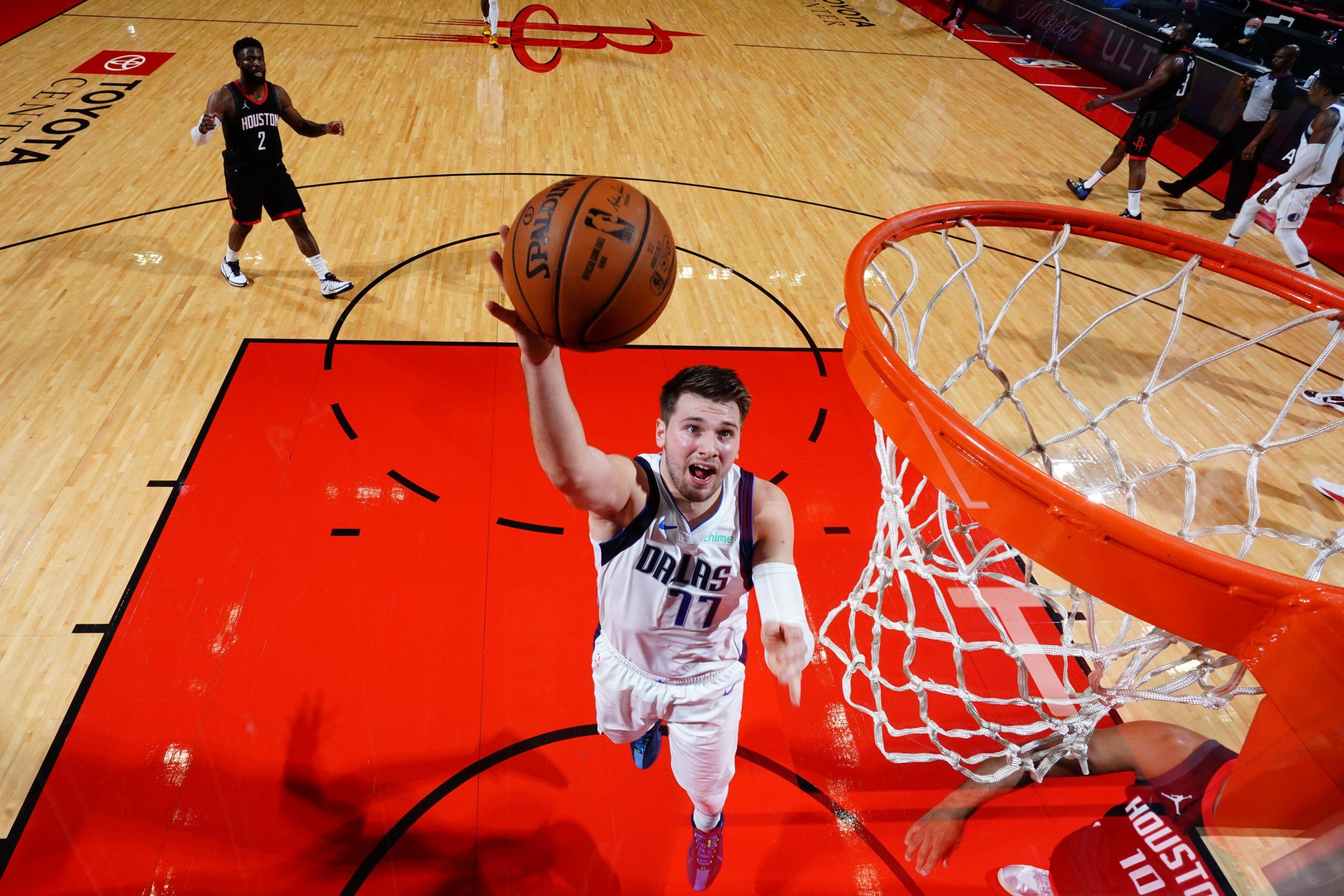 LaVine daje zwycięstwo Bulls, świetny mecz Allena