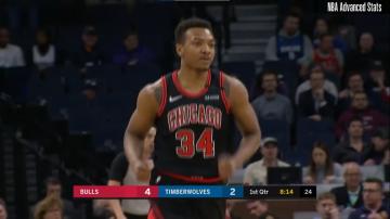 Center Chicago Bulls wypada z gry na 4 tygodnie