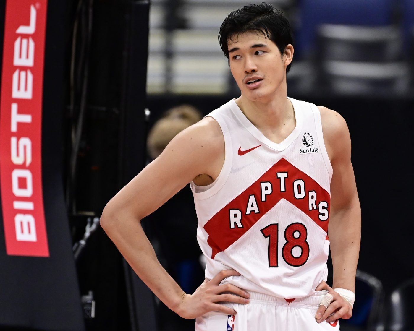 Yuta Watanabe – chudzielec z Japonii wyszarpuje sobie miejsce w NBA