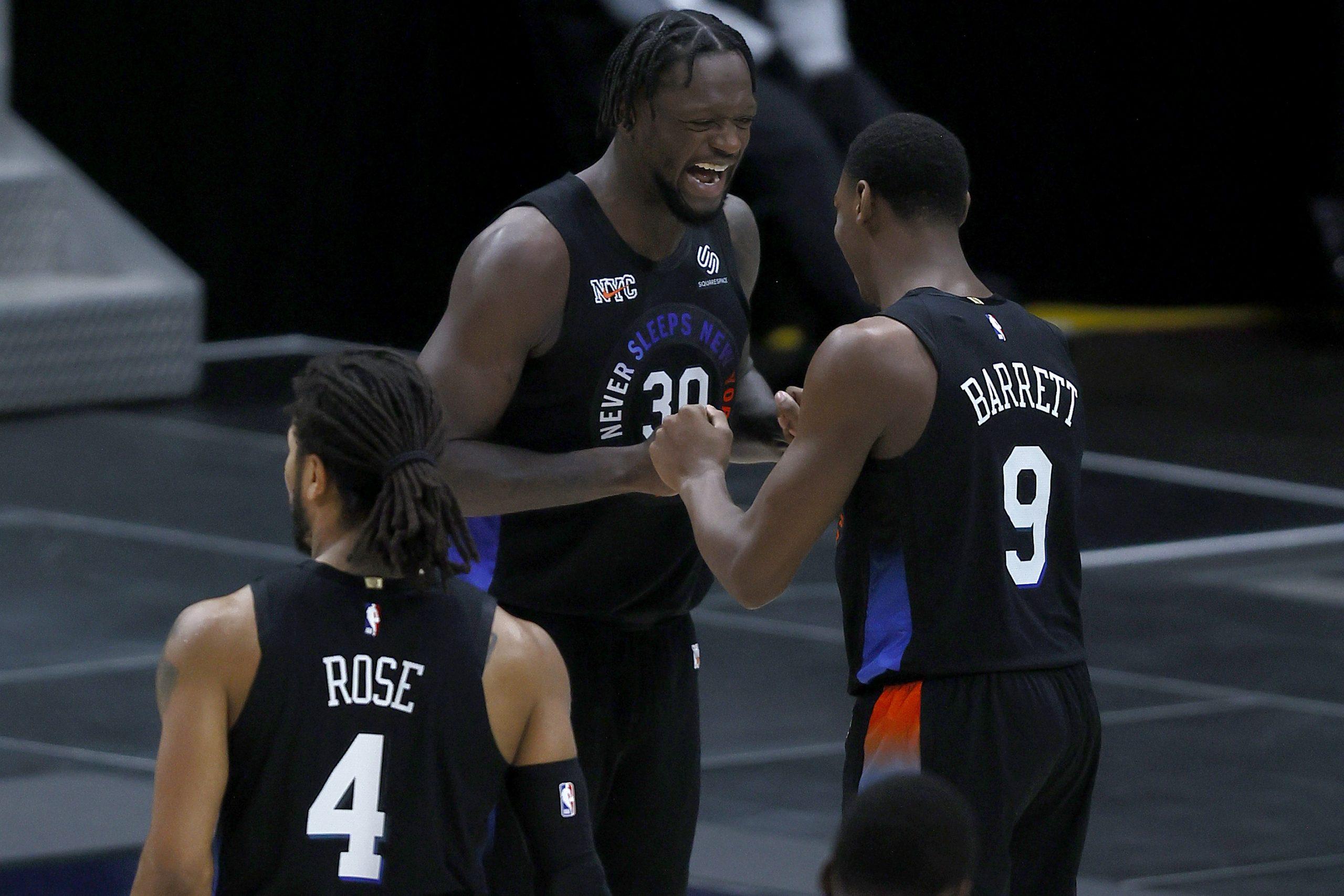 Chris Paul kończy serię Knicks, piękny pojedynek DeRozana z Bealem