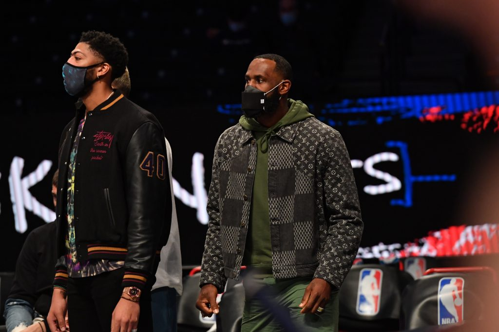 LeBron James i Anthony Davis coraz bliżsi powrotu
