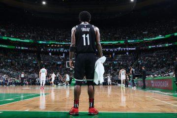 Kyrie Irving rzucony butelką, kibic przerwał mecz Sixers z Wizards