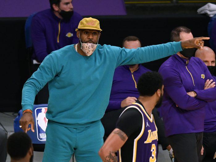 LeBron i Harden wracają do gry, wydłuża się przerwa Mitchella