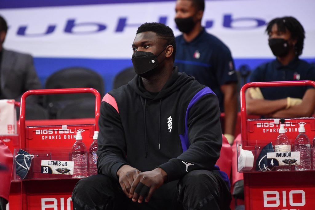 Zion kontuzjowany, Pelicans obwiniają o to sędziów