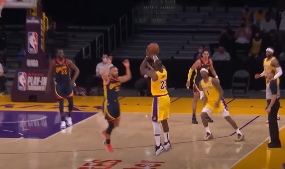 Lakers w Playoffach, wielki rzut LeBrona! Warriors powalczą z Grizzlies